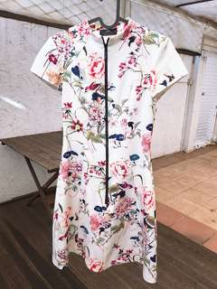 Cue white floral dress size 6