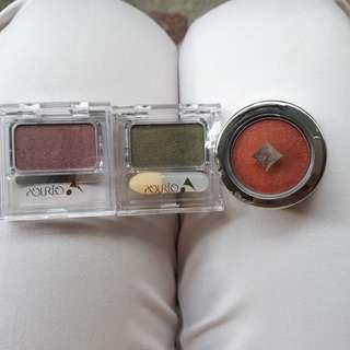 Bundle of Pourio eyeshadow