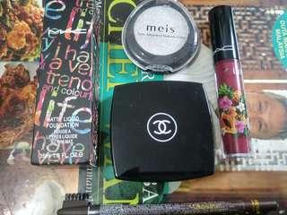 Makeup Set ( 5 In 1 Stuff )