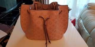 Louis Vuitton GIROLATA LV Pink