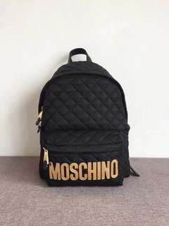 🆕Moschino quilted nylon backpack 背包