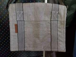 🚚 條紋文青風側背包