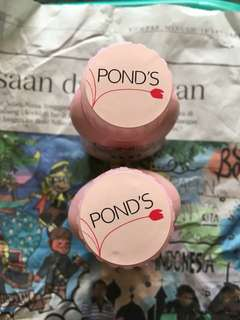 Ponds powder