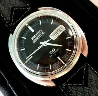 60/70年代 日本精工 SEIKO 5ACTUS SS Cal 5106-7470 Automatic Men's Watch Oversized 38mm直徑機械自動男仕腕錶: Rare 100% Original 罕有原裝日本本土內銷精工 5ACTUS SS 超靚雙色錶面及厚料不銹鋼殼,配上原裝古董精工不銹鋼帶扣及全新真皮錶帶 Seiko Buckle,運作中working condition。(還有一個銀色錶面可選擇見第八及九幅相片)