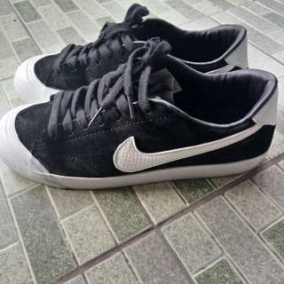 Sepatu Nike SB