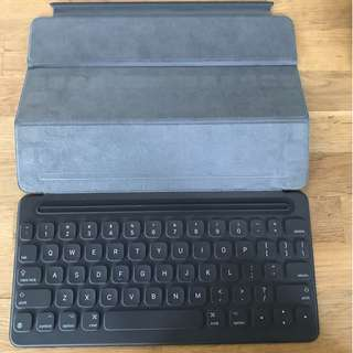 Smart Keyboard for 10.5 inch Pad Pro ($248 retail) - As new condition