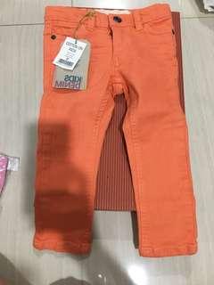 Jean size 2