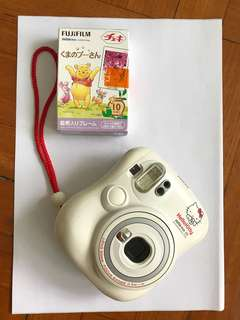 FUJIFILM instax mini Hello Kitty 即影即有相機 + 相紙1盒 Winnie the Pooh