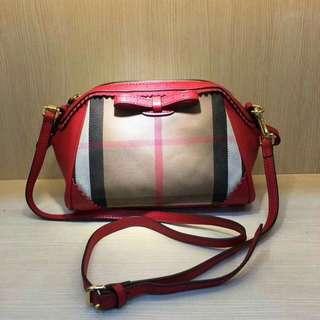 SALE!!Burberry sling bag