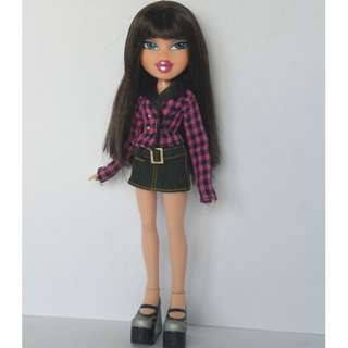 Bratz doll Brunette