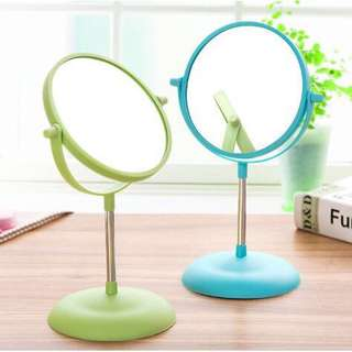 Cermin Bulat Putar