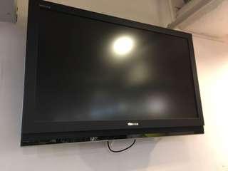 42吋電視
