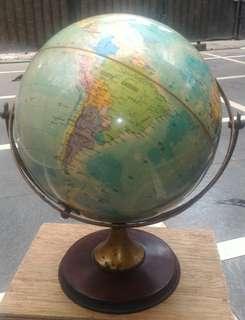 Globe / Bola Dunia Antik