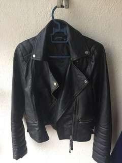 lether jacket (preloved item)