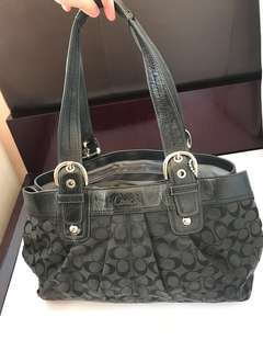 Coach bag- 80%new