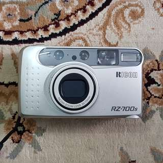 Ricoh RZ-700S 35mm Zoom Compact Film Camera ( Point & Shoot Camera )