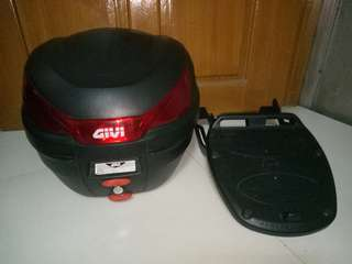 Original Givi Box with original Givi Bracket