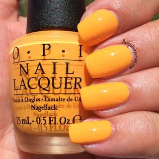 OPI The IT color B66