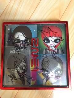 2NE1 親筆簽名CD