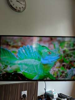 "Samsung 4K 40"" Smart TV UA40JU6000"