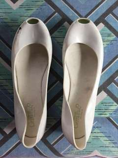 Grendha Peep Toe Cream Jelly Shoes - Size 8
