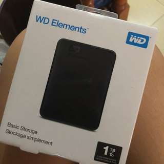 WD ELEMENTS 1TB hard disk