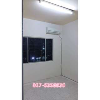 Strawberry court apartment cheras AIRCOND RM600
