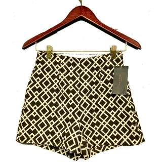 Zara Monochrome Pattern Hotpants