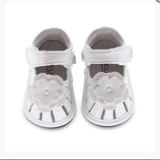 🚚 BN Jack & Lily My Shoes White Flower Shoes 24-30mths! US7.5-8