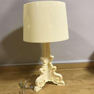 BRAND NEW BEIGE / IVORY COLOR GHOST TABLE LAMP