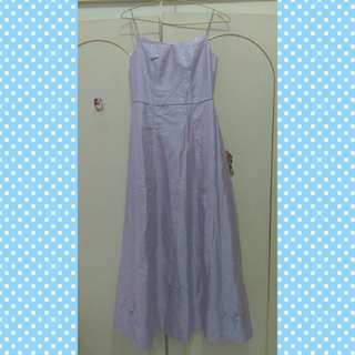 Dress pesta bunga warna ungu