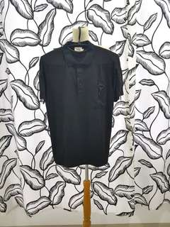 24: 01 black shirt