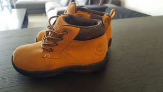 Almost New Timberland Boots for 1-3 yo