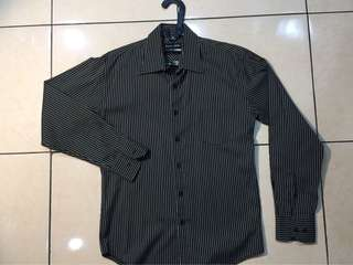 Kemeja aaron gale. Slim fit. Uk 15. Like new