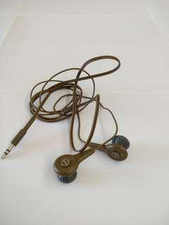 AKG y10 headphone
