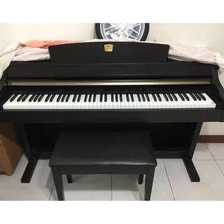 YAMAHA Digital Piano CLP 330