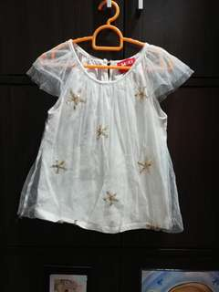 Little young girl's top
