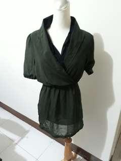 🚚 衣櫃出清 墨綠色 氣質 假兩件 v領 雪紡 襯衫 女生  縮腰 上衣 洋裝 #女裝半價拉