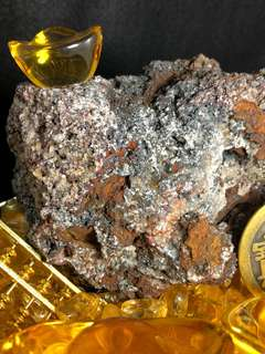 Leklai L603 Crystal Block 七彩力泥 - Iridescent Goethite