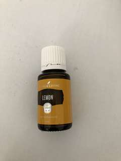 🚚 Young Living LEMON 15ml