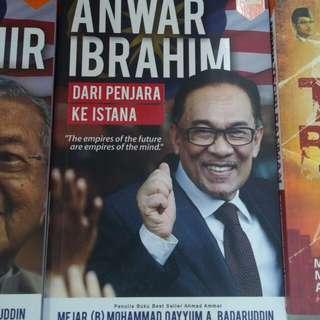 Anwar Ibrahim Dari Penjara Ke Istana