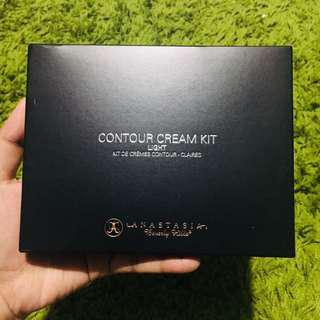 Anastasia Beverly Hills Contour Kit (Light)