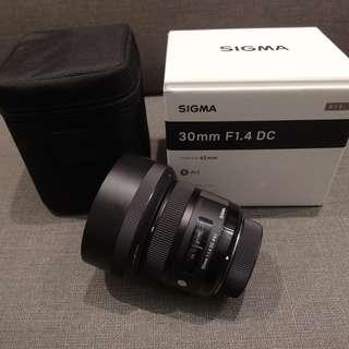 【出售】SIGMA 30mm F1.4 EX DC HSM ART FOR NIKON 大光圈定焦鏡 恆伸公司貨 盒裝完整 9成新
