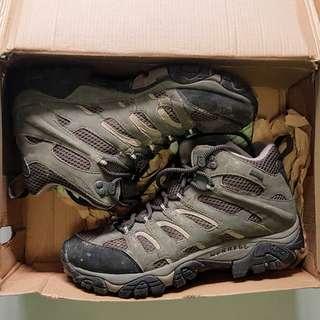 Merrell Moab Mid Gore Tex Hiking Boots for Men (US7 / EU40)