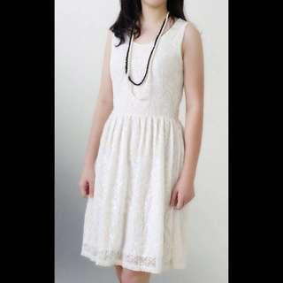 SALE...  (SD-1712) Dress lace kutung, white
