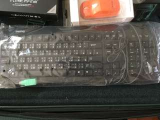 COM PORT Keyboard COM PORT 電腦鍵盤