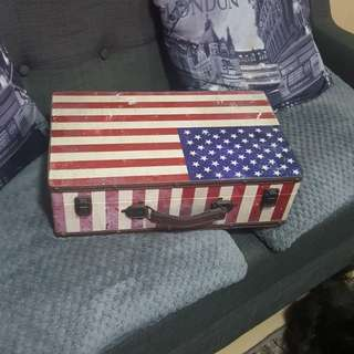 Vintage style USA american flag briefcase box
