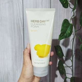 Herb day cleansing foam