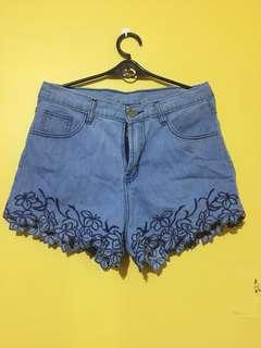 Baklava shorts