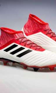 89b480af09f569 UK 7.5 Grade 2 Adidas Predator 18.2 FG football boots